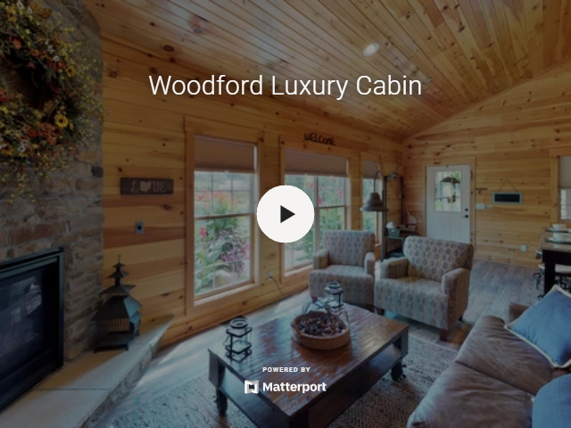 Woodford Luxury Cabin